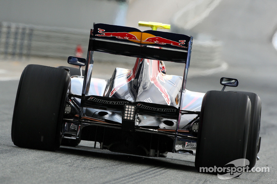 Sebastian Vettel tests the new Red Bull RB5