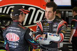 Jeff Gordon, Hendrick Motorsports Chevrolet, Sam Hornish Jr., Penske Racing Dodge