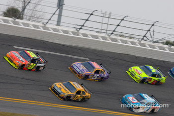 Jeff Gordon, Hendrick Motorsports Chevrolet, Matt Kenseth, Roush Fenway Racing Ford, Jamie McMurray, Roush Fenway Racing Ford, A.J. Allmendinger, Richard Petty Motorsports Dodge, Mark Martin, Hendrick Motorsports Chevrolet