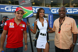 Felipe Massa with a grid girl and Tokyo Sexwale, Seat Holder A1 Team South Africa