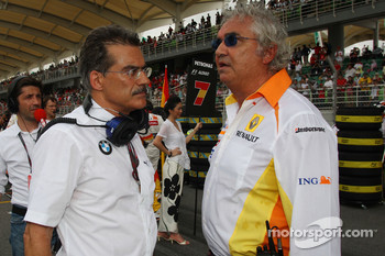 Dr. Mario Theissen, BMW Sauber F1 Team, BMW Motorsport Director and Flavio Briatore, Renault F1 Team, Team Chief, Managing Director