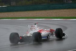 Jarno Trulli, Toyota Racing missing his rear wing