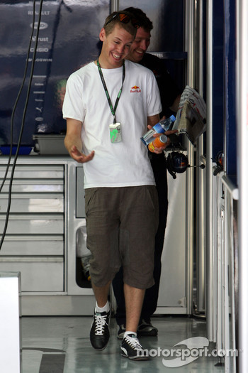 Sebastian Vettel, Red Bull Racing after his arrival on the track walk with his team