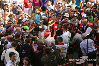 Lewis Hamilton, McLaren Mercedes signing autographs for the fans