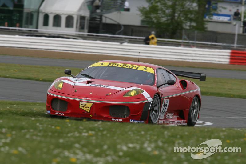 #77 BMS Scuderia Italia Ferrari 430 GT2: Matteo Malucelli, Paolo Ruberti