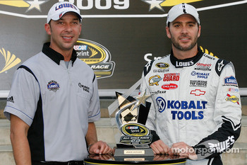 Pole winner Jimmie Johnson, Hendrick Motorsports Chevrolet with crew chief Chad Knaus