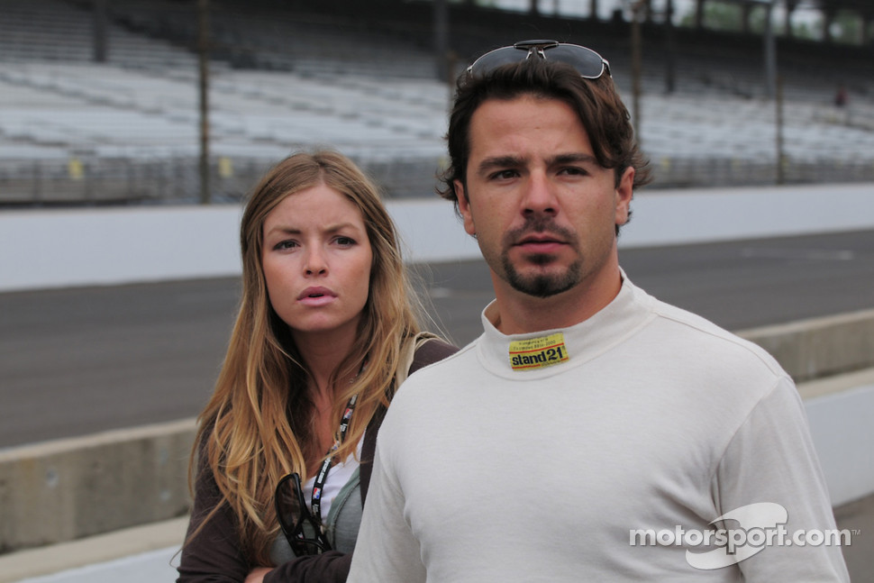 Oriol Servia, Rahal Letterman Racing with his beautiful girlfriend