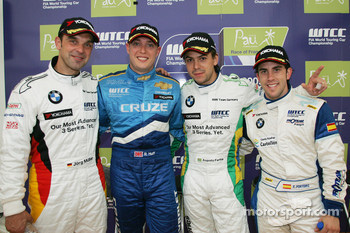 Race winner Robert Huff, Chevrolet, Chevrolet Cruze, 2nd, Augusto Farfus, BMW Team Germany, BMW 320si, 3rd, Jorg Muller,  BMW Team Germany, BMW 320si