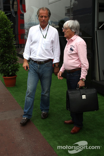 Flavio Briatore, Renault F1 Team, Team Chief, Managing Director goes to the FOTA meeting on Flavio Briatore yacht