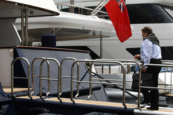 Norbert Haug, Mercedes, Motorsport chief going to the FOTA meeting on the boat of Flavio Briatore, Renault F1 Team, Team Chief, Managing Director