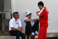 Robert Kubica, BMW Sauber F1 Team, Stefano Domenicali, Scuderia Ferrari, Sporting Director