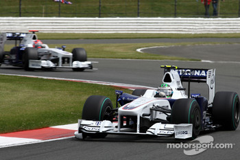 Nick Heidfeld, BMW Sauber F1 Team leads Robert Kubica, BMW Sauber F1 Team