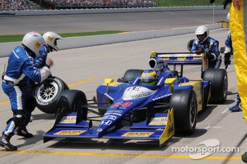 Mike Conway, Dreyer & Reinbold Racing making a pitstop
