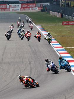 Dani Pedrosa, Repsol Honda Team leads Jorge Lorenzo, Fiat Yamaha Team
