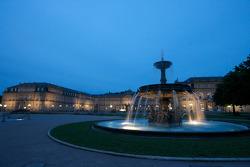 Stuttgart by night: fountain in Schlossplatz and das Neue Schloss (the New Castle)