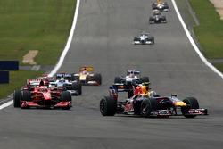 Warmup lap: Sebastian Vettel, Red Bull Racing, Kimi Raikkonen, Scuderia Ferrari