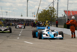 Tony Kanaan, Andretti Green Racing heads to pace laps