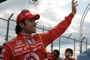 Race winner Dario Franchitti, Target Chip Ganassi Racing