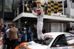 Winner Gary Paffett, Team HWA AMG Mercedes C-Klasse