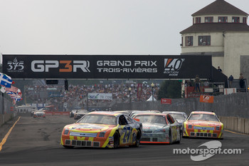Restart: Andrew Ranger leads the field