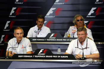 FIA press conference: Martin Whitmarsh, McLaren, Chief Executive Officer, Dr. Mario Theissen, BMW Sauber F1 Team, BMW Motorsport Director, Flavio Briatore, Renault F1 Team, Team Chief, Managing Director, Ross Brawn, Brawn GP, Team Principal