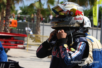 Sebastian Vettel, Red Bull Racing stops on track