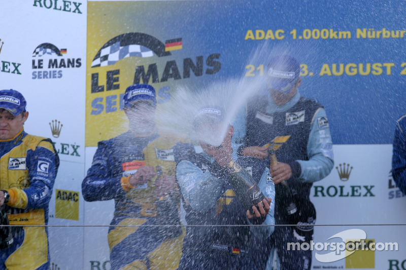 LMGT2 podium: champagne celebrations