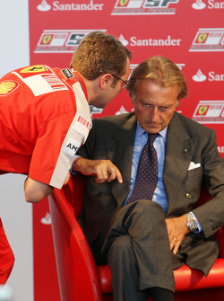 Luca di Montezemolo Ferrari President announces a five year partnership for Santander with the Ferrari team. Stefano Domenicali, Scuderia Ferrari, Sporting Director