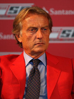 Luca di Montezemolo Ferrari President announces a five year partnership for Santander with the Ferrari team