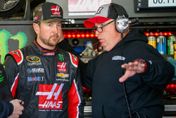 Kurt Busch, Stewart-Haas Racing Chevrolet, Tony Gibson, crew chief