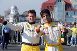 Julien Piguet and Lucas di Grassi, test driver, Renault F1 Team