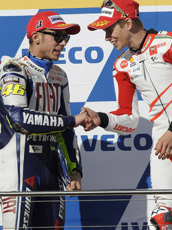 Podium: race winner Casey Stoner, Ducati Marlboro Team, second place Valentino Rossi, Fiat Yamaha Team