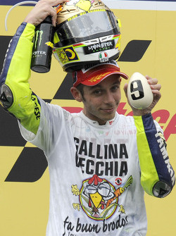 Podium: third place and 2009 MotoGP champion Valentino Rossi, Fiat Yamaha Team