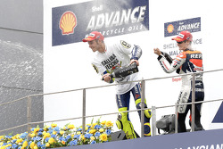 Podium: second place Dani Pedrosa, Repsol Honda Team, third place and 2009 MotoGP champion Valentino Rossi, Fiat Yamaha Team
