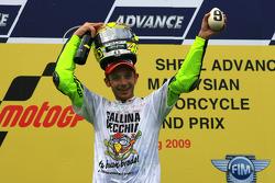Podium: 2009 MotoGP champion Valentino Rossi, Fiat Yamaha Team celebrates