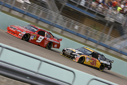 Kasey Kahne, Richard Petty Motorsports Dodge, Jeff Burton, Richard Childress Racing Chevrolet
