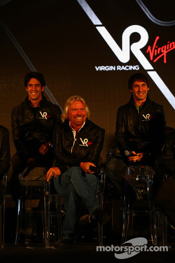 Lucas di Grassi, driver with Sir Richard Branson, Chairman of the Virgin Group and Timo Glock, driver