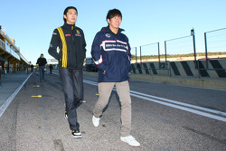 Ho-Pin Tung, Test Driver, Renault F1 Team and Kamui Kobayashi, BMW Sauber F1 Team