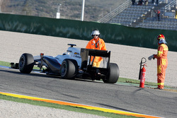 Pedro de la Rosa, BMW Sauber F1 Team, C29, stops on circuit