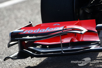 McLaren Mercedes, MP4-25, front wing detail