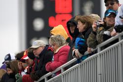 Frozen fans watch garage action