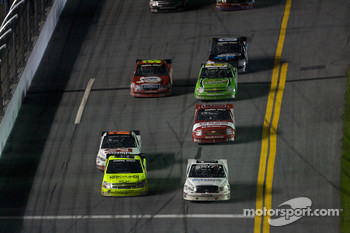 Matt Crafton and Nelson A. Piquet battle