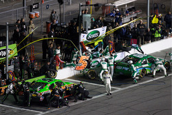 Pit stop for Carl Edwards, Roush Fenway Racing Ford and Mark Martin, Hendrick Motorsports Chevrolet