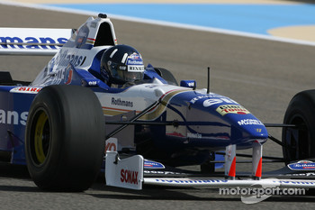 Damon Hill, 1996 F1 World Champion drives the 1996 Williams Renault FW18
