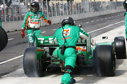 Pit stop for Tony Kanaan, Andretti Autosport