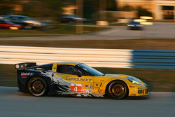 #4 Corvette Racing Chevrolet Corvette ZR1: Olivier Beretta, Oliver Gavin, Emmanuel Collard