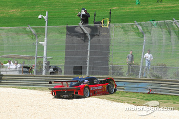 #77 Doran Racing Ford Dallara: Memo Gidley, Dion von Moltke crashes