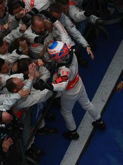 Race winner Jenson Button, McLaren Mercedes, celebrates