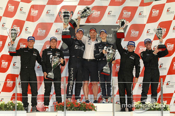 Podium: race winners Romain Grosjean and Thomas Mutsch, second place Marc Hennerici and Andreas Zuber, third place Mike Hezemans and Andrea Piccini