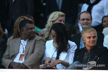 Amber Lounge Fashion Show, Heikki Kovalainen, Lotus F1 Team